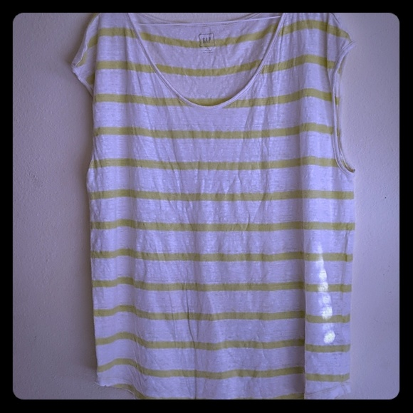 GAP Tops - Gap linen yellow striped sleeve less tee XL
